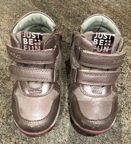Демисезонные ботиночки 24р