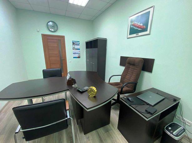 "Продам 2 к. квартиру под офис, Приморский р-н,пр.Лунина, маг.""Ярмарка"""
