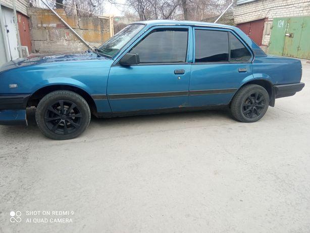 Opel Askona 1.6 седан
