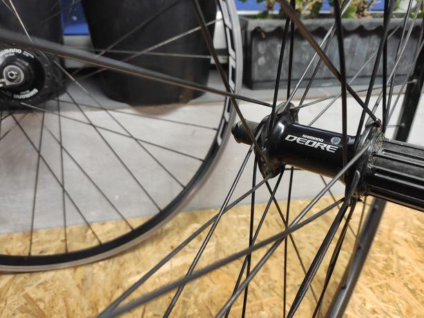 Koła rowerowe 28 cali Deore z prądnicą w piaście komplet