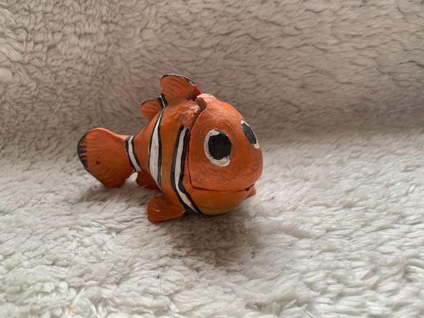 rybka do akwarium, z lekkimi śladami użytkowania