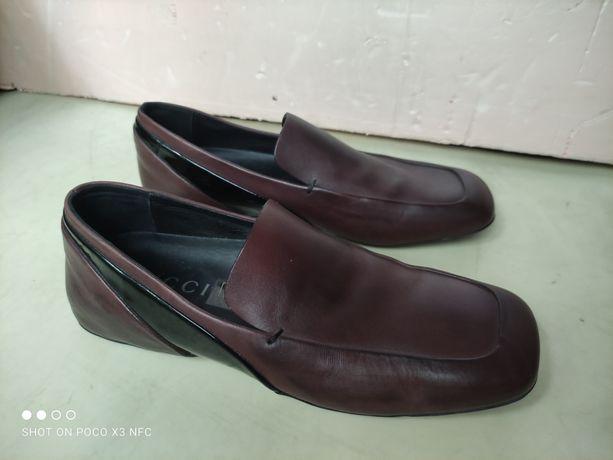 Женские кожаные туфли Gucci (Италия)