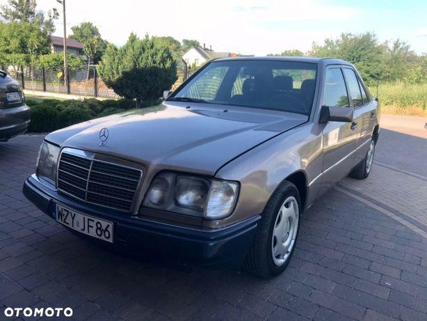 Mercedes-Benz Klasa E 300D automat
