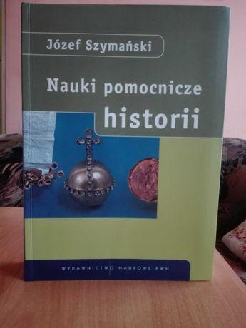 """""""Nauki pomocnicze historii"""" – podręcznik"""