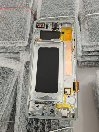 Uszkodzony Wyświetlacz Samsung s10 plus Cała szyba, nie świeci LCD Ori
