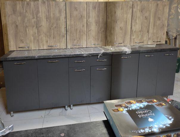 Нова кухня 2 м зі стільницею у наявності