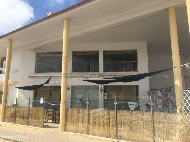 Café / Restaurante junto à Ilha do Baleal