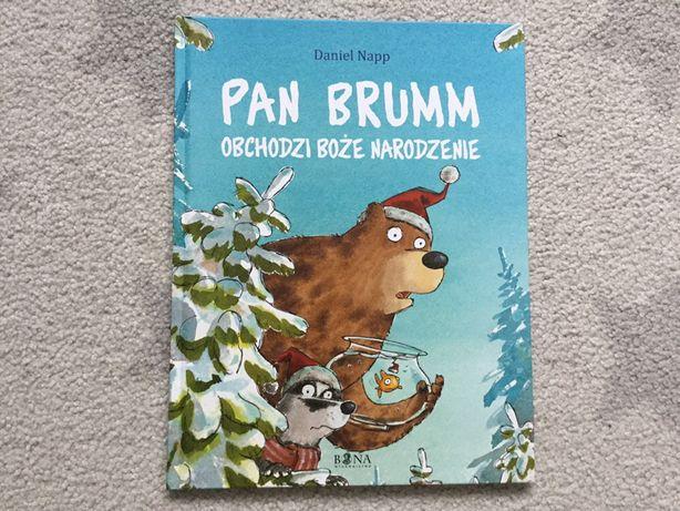 Pan Brumm obchodzi Boże Narodzenie Daniel Napp