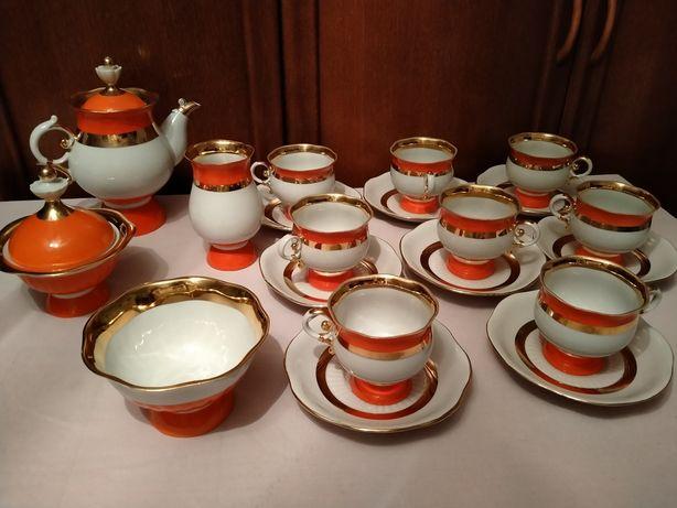 Сервиз чайный с золотом