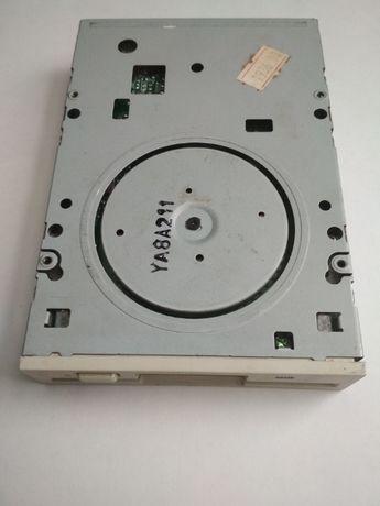 Флопи - дисковод