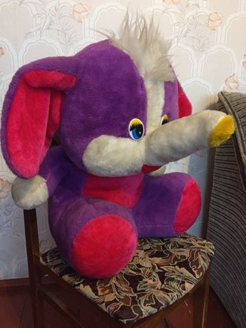 Симпатичный слон. Большая мягкая игрушка, в хорошем состоянии