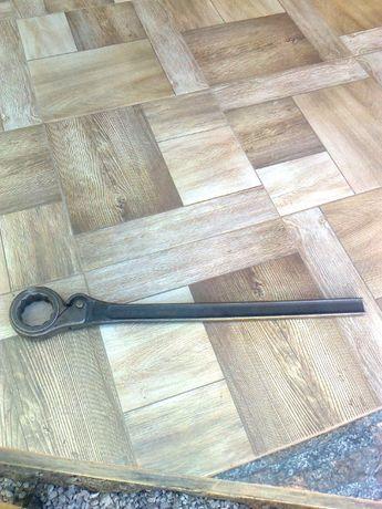 Ключ накидной на 55
