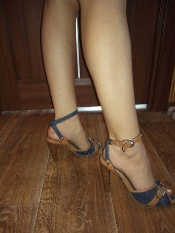 Karen millen шикарные джинсовые босоножки