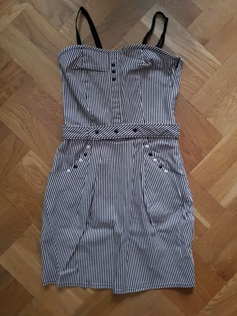 Sukienka mini w prążki
