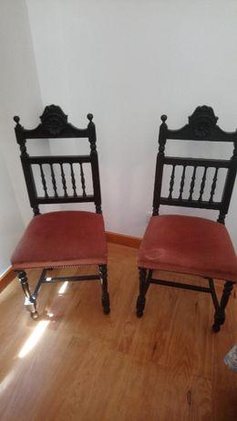 Cadeiras antigas (2 unidades)