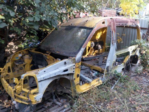Renault Kangoo: рено канго крыша часть кузова
