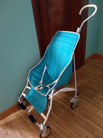 Ретро коляска для прогулки