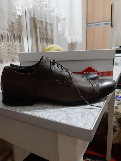 Продам кожные туфли мужские Faro