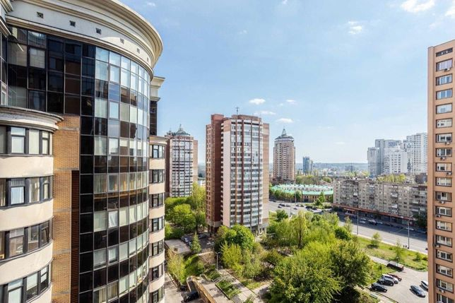 Продам 1 комнатную квартиру по Старонаводницкой 4в, Зверинец