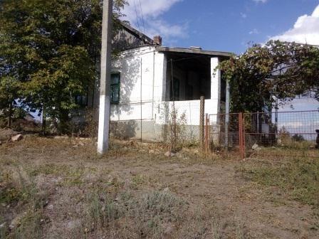 Продается дом с земельным участком в с.Староласпа