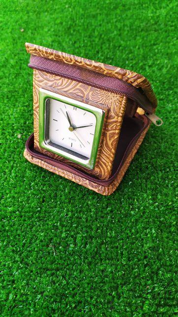Годинник настільний часы настольные с будильником