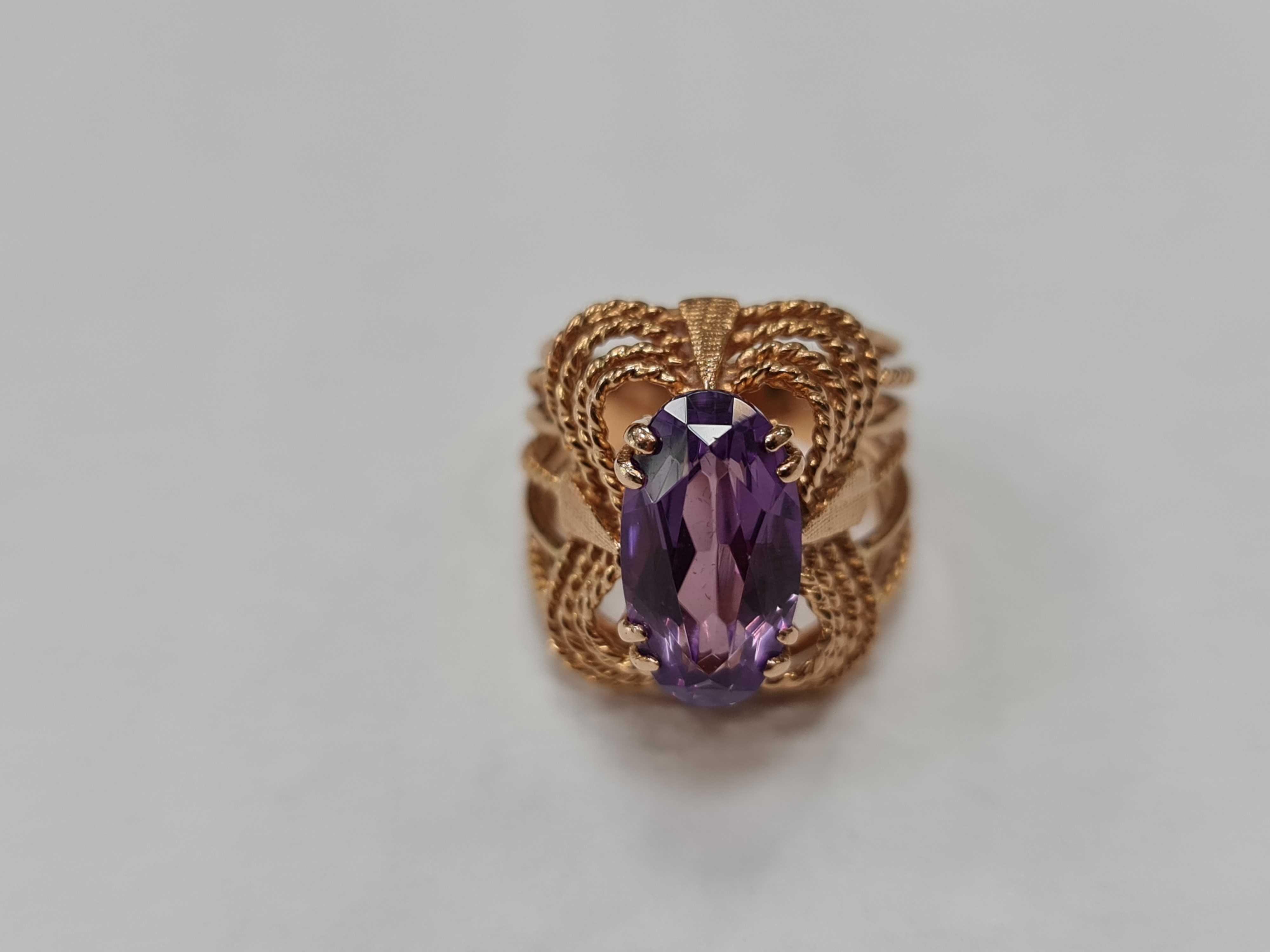 Piękny złoty pierścionek damski/ Radzieckie 583/ 8.27 gram/ R11
