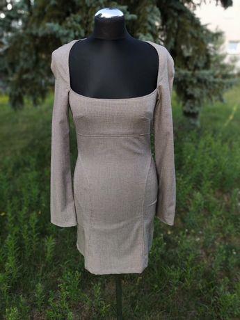 Krótka sukienka Bershka