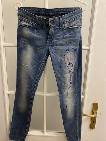 Levis jeansy ze wzorem