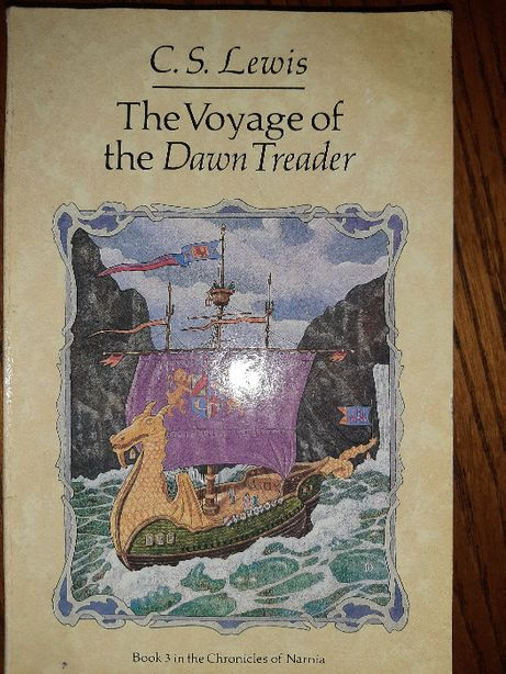 "Англомовна книга С.S.LEWIS ""The Voyage of the Dawn Treader"""