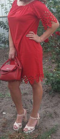 Платье летнее лёгкое красное 46-48р
