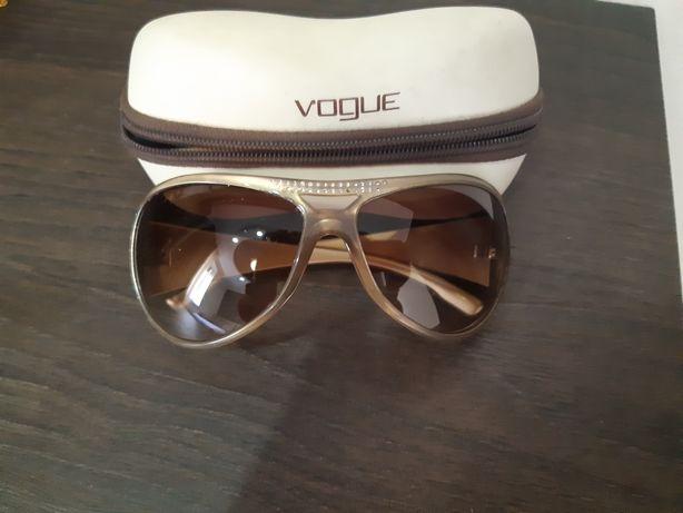 Солнцезащитные очки Voque