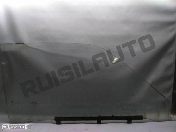 Vidro Porta Frente Direito Nissan Datsun 120 Y 1.2 (b210)