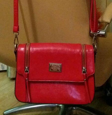 Продам женскую сумочку D&K