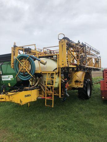 Opryskiwacz dubex 4000 litrów 40 metrów