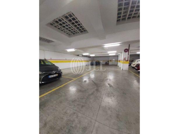 Garagem com 36 estacionamentos em Alcântara, em Lisboa