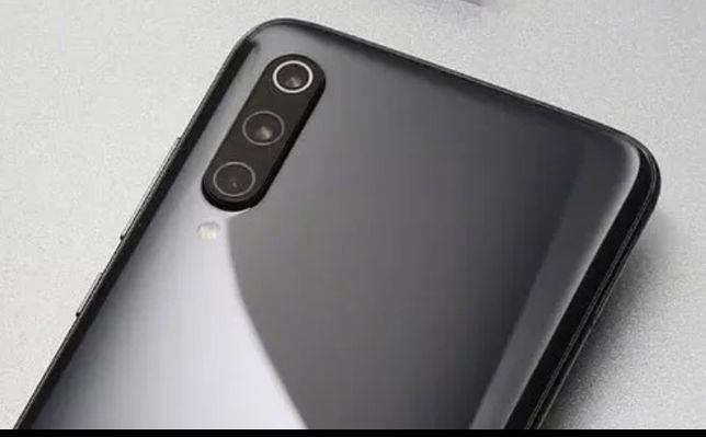 Продам смартфон xiaomi Mi9 6/128