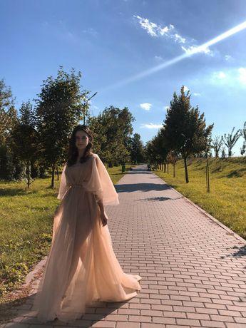 Выпускное платье. Фатиновое платье.
