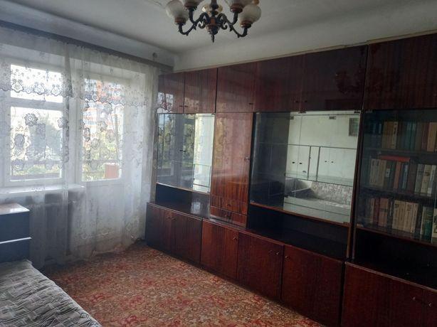 3 кім. квартира по вул.Небесної Сотні (вул.Кіквідзе)