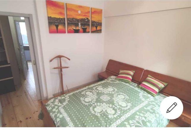 Apartamento T1 Mouzinho da Silveira, S Bento - Porto