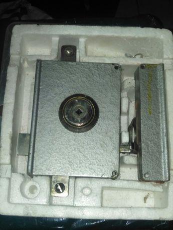 Fechadura Porta Forte com chave