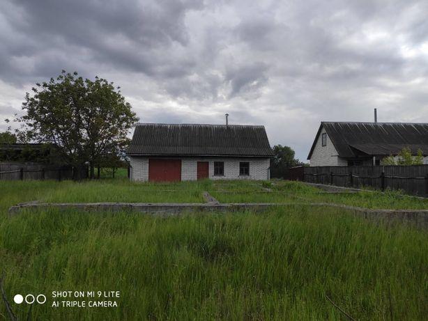 Продам летнюю кухню с гаражом на 16 сотка земли Загальцы Бородянский р
