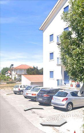 Apartamento t3 com garagem.