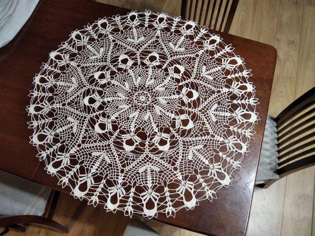 Obrus szydełkowy okrągły nowy handmade serweta na szydełku rękodzieło