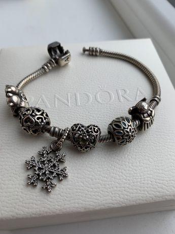 Продам браслет Pandora с шармами ОРИГИНАЛ
