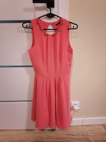 Sukienka firmy MOHITO rozmiar 34/XS, łososiowa.