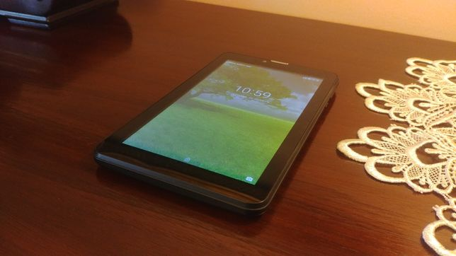 "Tablet BLOW 7"" 1GB/8GB quad core 4x1.3 GHz , dual SIM, 3G,"