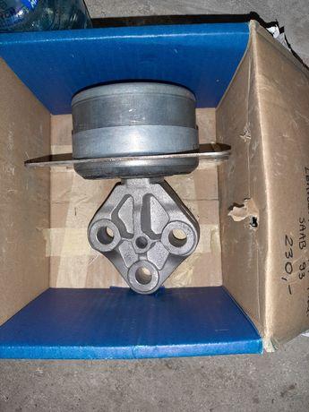 Poduszka silnika Saab 93 automat