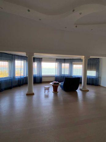 Продается двухэтажный дом с ремонтом. Алтестово.