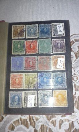 klaser ze starymi znaczkami