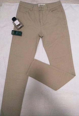 Штаны джинсы брюки песочного бежевого цвета
